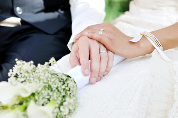 因為和訂婚鑽戒[Engagement ring]一樣,結婚對戒[Marriage Ring]如其字義,是一生佩戴的信物,可不是一般能夠隨便替換的飾品。